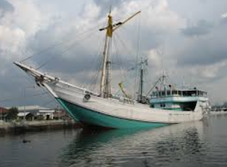 h kapal layar pujian masyarakat Sulawesi Selatan Kabar Terbaru- JENIS JENIS KAPAL PINISI
