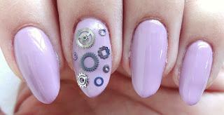 Gear Nails