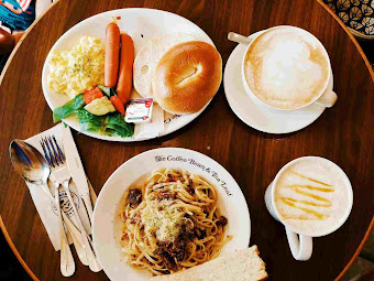 Brunch at The Coffee Bean and Tea Leaf