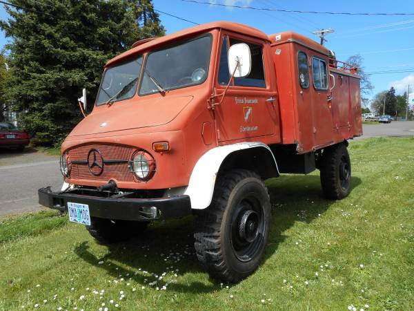 Perfect Bone, 1965 Mercedes-Benz Unimog 404S - RV & Camper