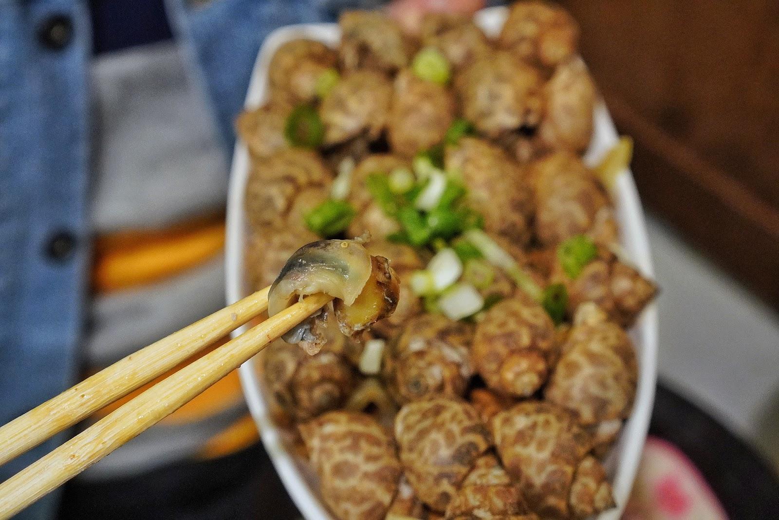 台南北區美食【金三益健康茶飲】浮誇系美食鳳螺意麵