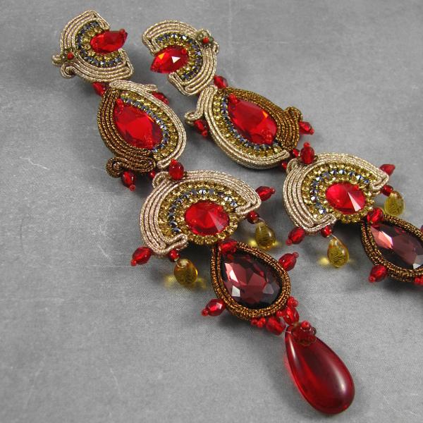 Długie kolczyki wieczorowe soutache z kryształami Swarovski