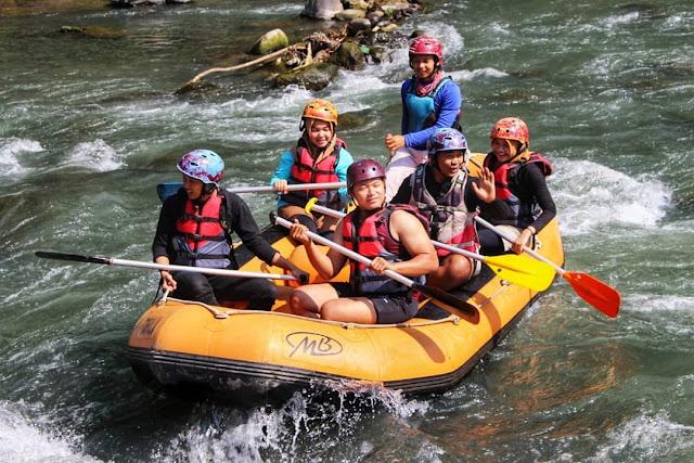Wisata Liburan Keluarga, Rafting Sungai Elo Magelang, Jawa Tengah