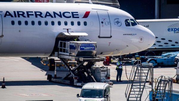 Trabajadores de Air France llaman a nueva huelga de cuatro días
