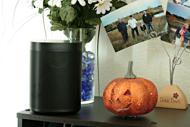 Low Key Halloween Party, Jack O Lantern Pizza, Dance Fight kid video, Best Buy Bloggers, Sonos one with Amazon Alexa review, How does the Sonos One sound
