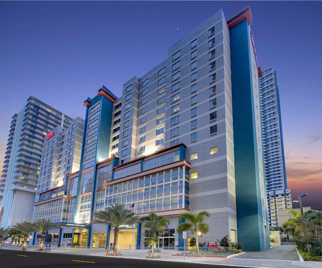 Book a stay at Hampton Inn & Suites by Hilton Miami Brickell Downtown. Located at the Miami's financial district, steps from restaurants, cafes and bars, our hotel puts you in the middle of it all.