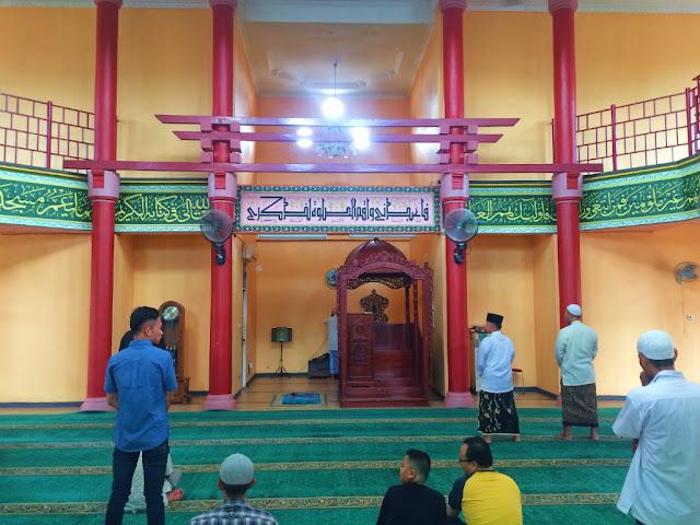 bagian dalam masjid chengho palembang