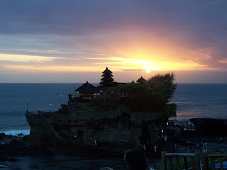 Tempat Wisata Tanah Lot Tabanan Bali