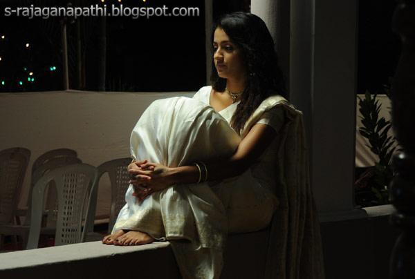 TRISHA STILLS FROM VINNAI THANDI VARUVAYA FILM UPDATED ...