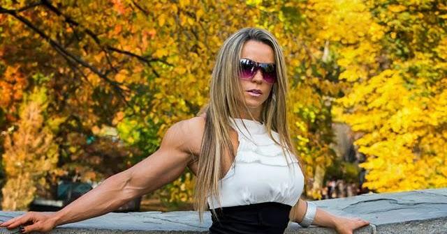Her Calves Muscle Legs: Juliana Malacarne Muscular Calves