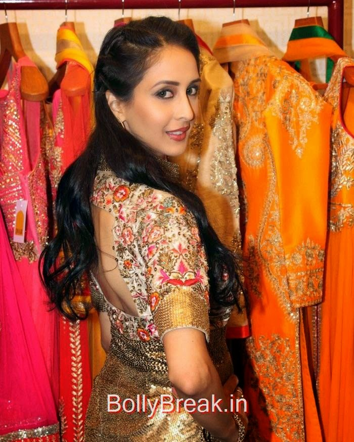 Tapsee Pannu & Geeta Basra at 'DVAR' Fashion Preview