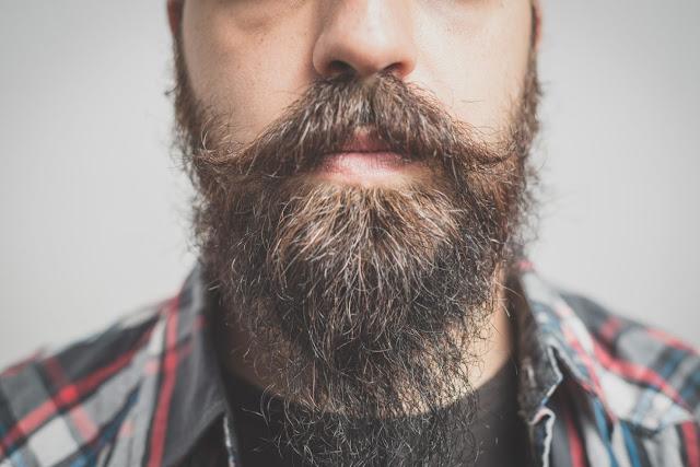 Los hombres con barba son más sucios que los perros, según un estudio