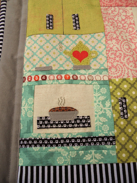 Retro Kitchen Mini Quilt by Heidi Staples of Fabric Mutt