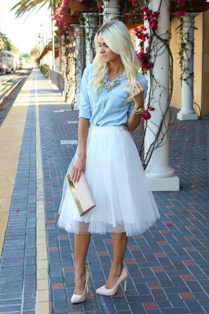 style a tulle skirt