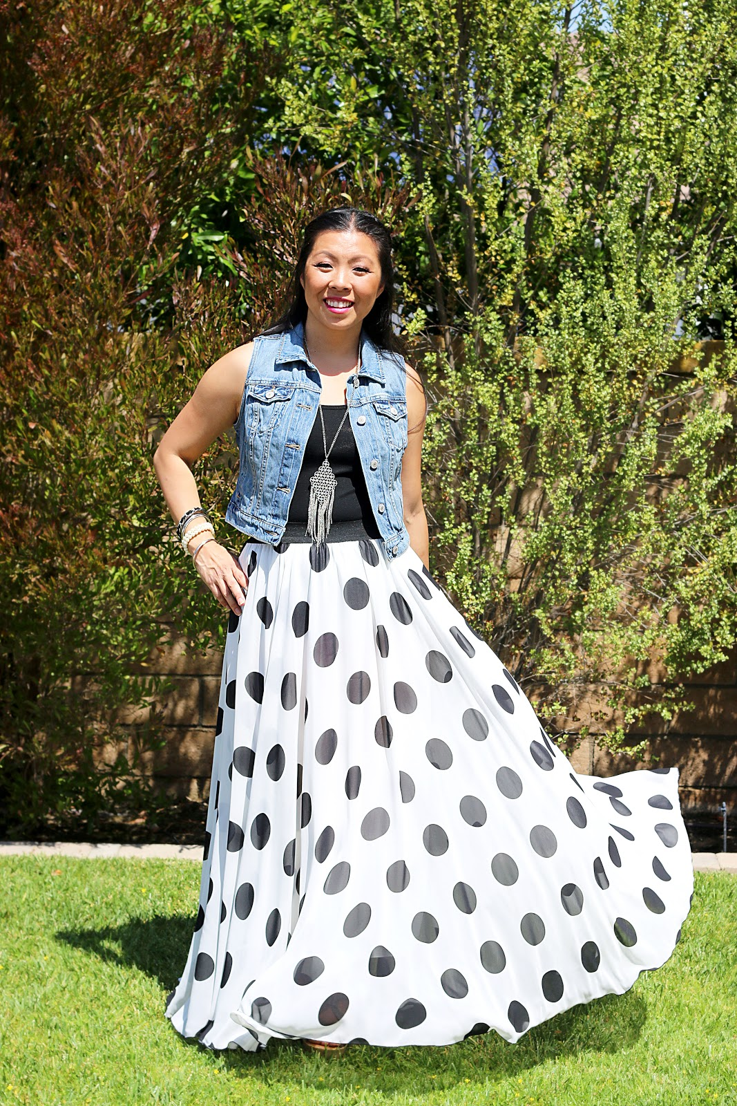 4 Awesomely Effortless Ways to Rock Your Polka Dot Skirt | bumblebits.co
