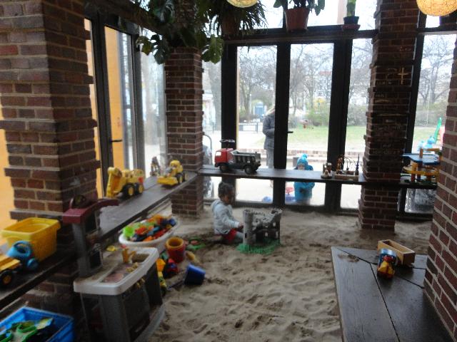 Expat Mummy In Berlin Kiezkind Kindercafe Helmholtzplatz