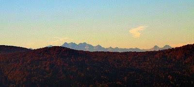 Panorama Tatr z Koziego Żebra.