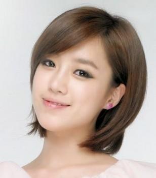 Model rambut wanita layer pendek