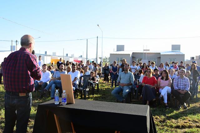 Se entregaron ocho nuevas viviendas sociales en Pehuajó