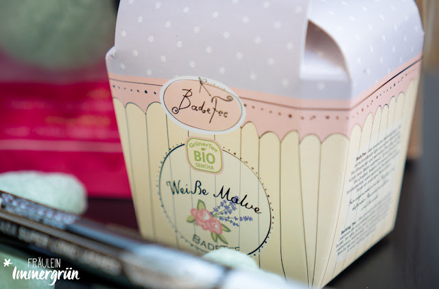 Fairy Box November – Badefee Badetee Weiße Malve