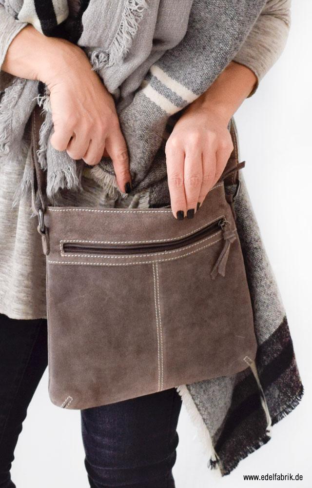 Lederhandtasche in Taupe, Reißverschluss