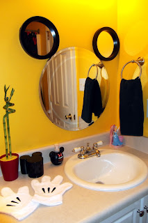 My Mickey Mouse Bathroom Tips From The Disney Divas And