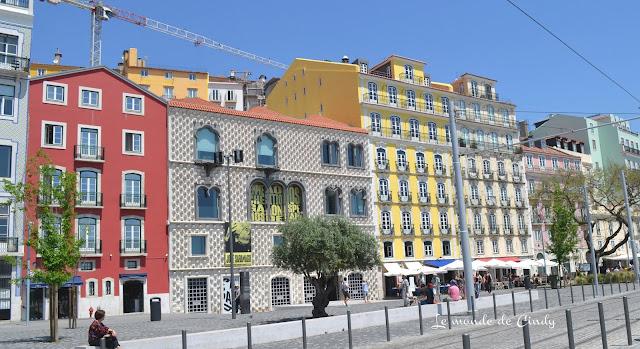 façades des immeubles à Lisbonne