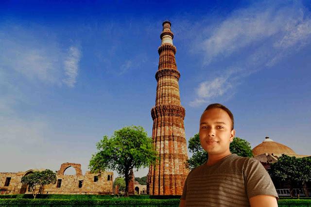 Mohit Kumar Yadav at Qutab Minar