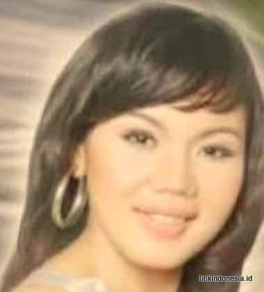 Lirik Nunga Adong Nampuna Au Putri Silitonga