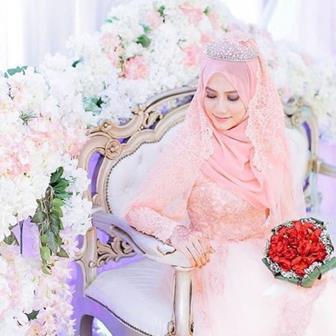 Model Kebaya Gamis Modern Untuk Acara Pernikahan