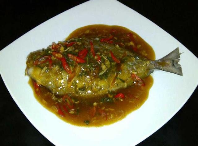 Cara praktis memasak ikan bawal super enak