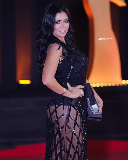 رانيا يوسف تعتذر عن إطلالتها الجريئة في مهرجان القاهرة السينمائي