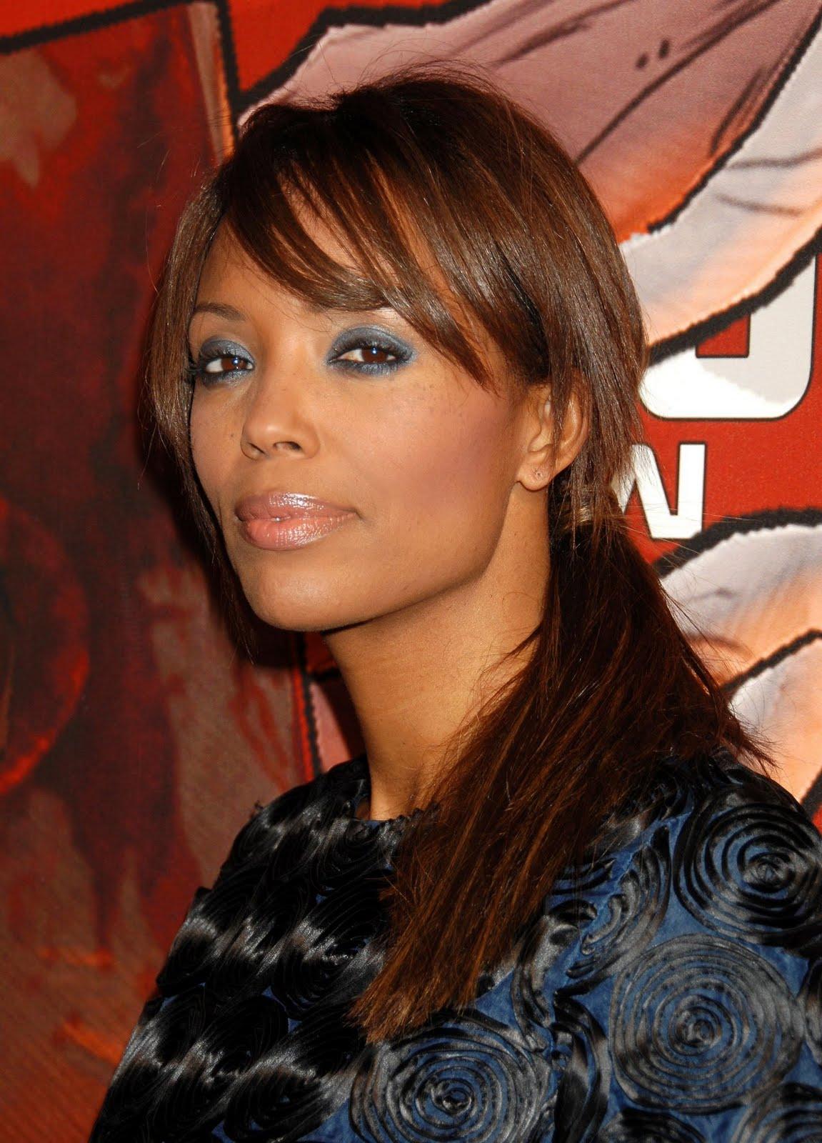 Actress and Celebrity Pictures: Aisha Tyler