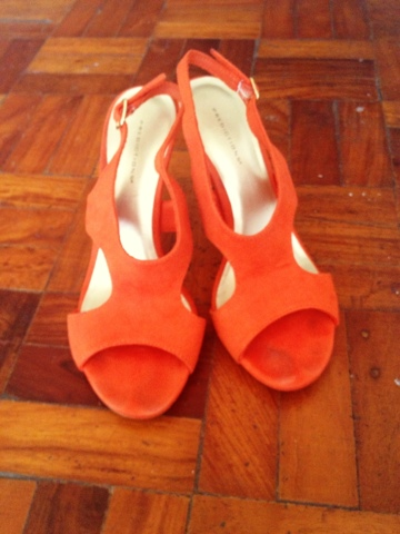 The Budget Fashion Seeker - Orange Sandals 2