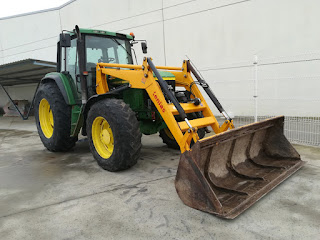 Tractor de segunda mano con pala Tenías