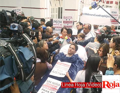 Llevan a Roberto González a la cada de AMLO para exigir justicia. Es el caso #LordCobarde