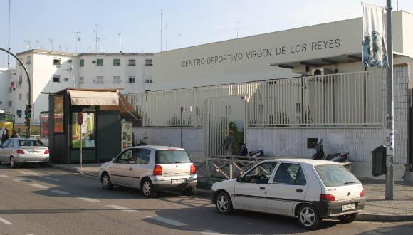 Gel n noticias participa sevilla exige la pr xima for Piscinas imd sevilla
