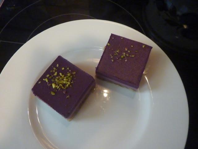 raw-cakes-myrtilles-framboise-delhaize