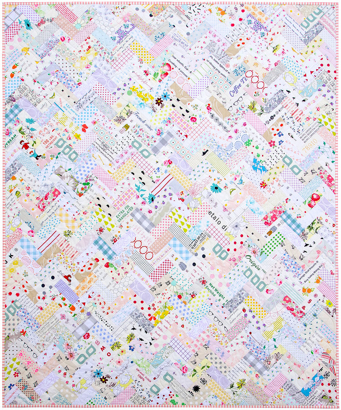 Low Volume Herringbone Quilt | A Finished Quilt | © Red Pepper Quilts 2017