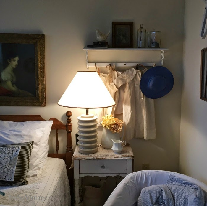 cottage bedroom decor