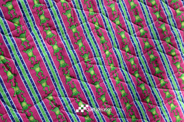 Hoppy pink quilt back