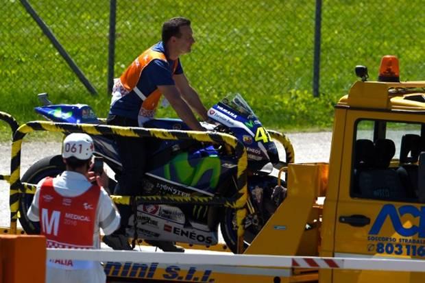 [Review] Motor Mogok di Mugello, Rossi Trauma
