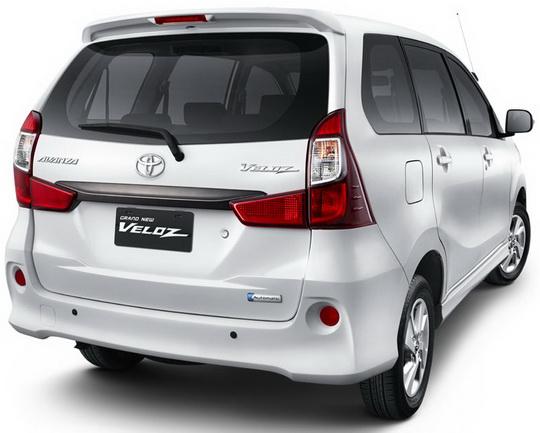 Review Mobil Grand New Veloz Berat Spesifikasi Dan Harga Toyota 1 3 L Astra Tampak Belakang