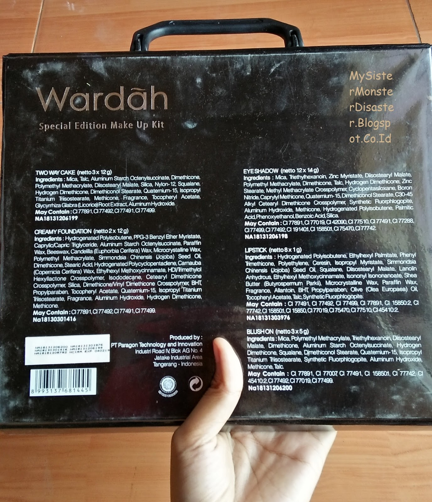 (REVIEW) Wardah Spesial Edition Makeup Kit