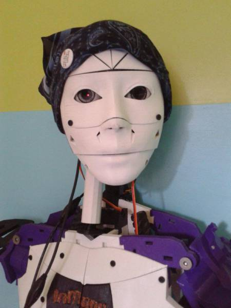 The Future Is Near As Loving Relationships Between Humans And Robots Become A Reality (7 pics)