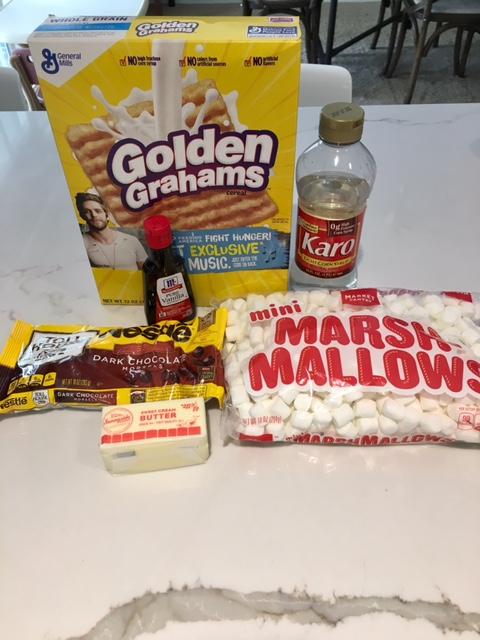 S'mores bar ingredients