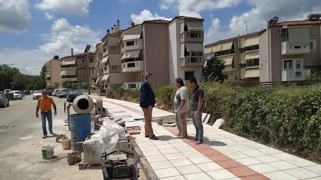 Άρτα: Σε εξέλιξη οι ανακατασκευές πεζοδρομίων