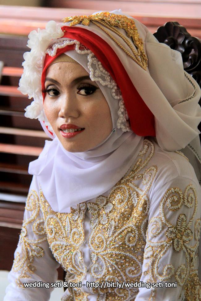 Scene 01 Akad Nikah Foto Dokumentasi WEDDING SETI & TONI | http://bit.ly/wedding-eti-toni - Klikmg Fotografer Wedding Purwokerto