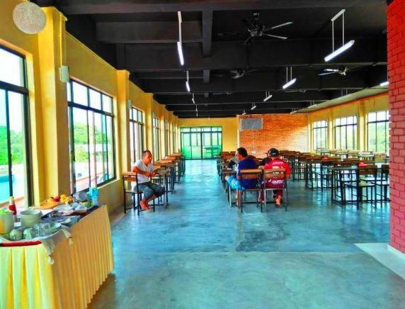 Laman Guest House Pengkalan Balak Melaka dewan makan
