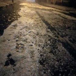 Granizo danifica residências na noite de sábado